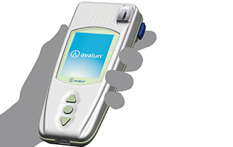 AVALUN - Blood tests in the palm of your hand